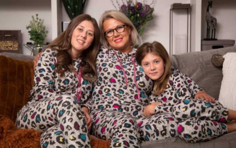 nicola lewis daughters